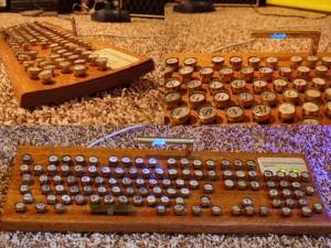 wooden-keyboard-420-90
